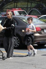 Nicole Richie Grocery Shopping Out in Los Angeles 2019/05/01 6