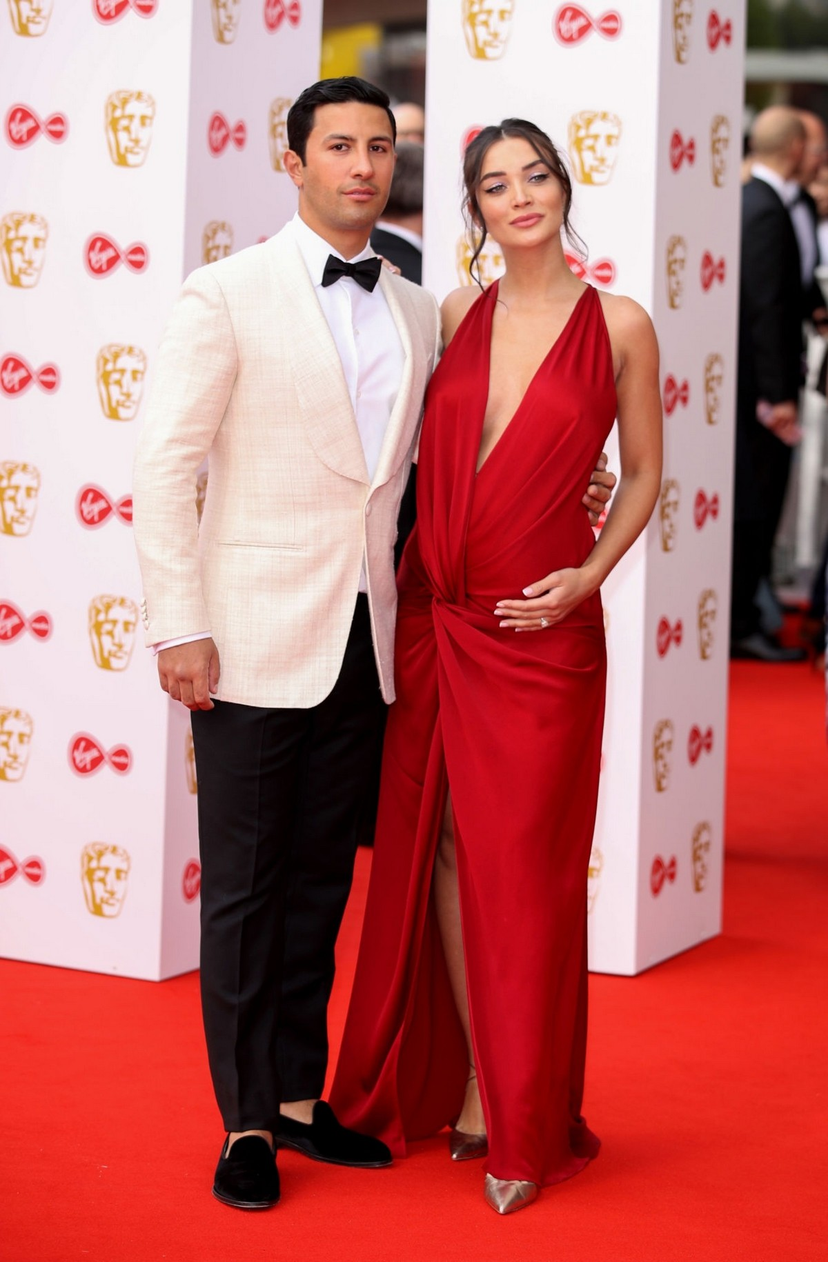 Pregnant Amy Jackson with Her Husband George Panayiotou at 2019 BAFTA Awards in London 2019/05/12 1