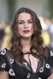 Pregnant Keira Knightley Attends The Chanel Cruise 2020 Collection: Photocall in Paris 2019/05/03 23