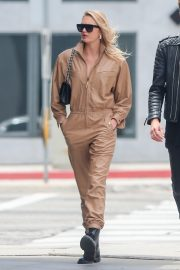 Romee Strijd Out for lunch in LA with her boyfriend 2019/05/06 3