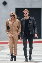 Romee Strijd Out for lunch in LA with her boyfriend 2019/05/06 4