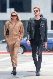 Romee Strijd Out for lunch in LA with her boyfriend 2019/05/06 7