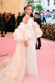 Rosie Huntington-Whiteley at The 2019 Met Gala Celebrating 'Camp: Notes on Fashion' in New York 2019/05/06 7