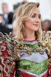 Saoirse Ronan at The 2019 Met Gala Celebrating Camp: Notes on Fashion in New York 2019/05/06 3