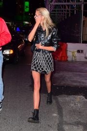 Stella Maxwell Out And About in New York 2019/05/05 3