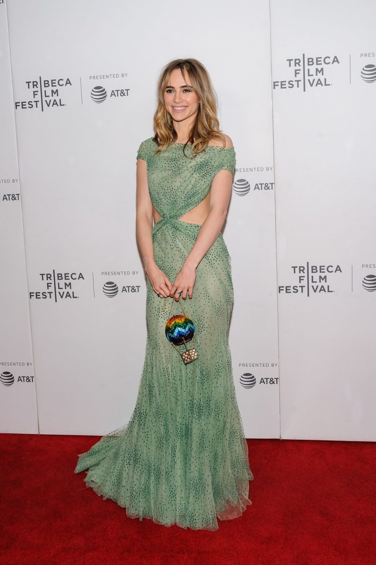 """Suki Waterhouse Arrives """"Charlie Says"""" Premiere at Tribeca Film Festival in New York 2019/05/01 1"""