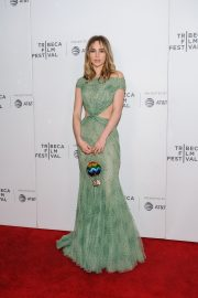 """Suki Waterhouse Arrives """"Charlie Says"""" Premiere at Tribeca Film Festival in New York 2019/05/01 2"""