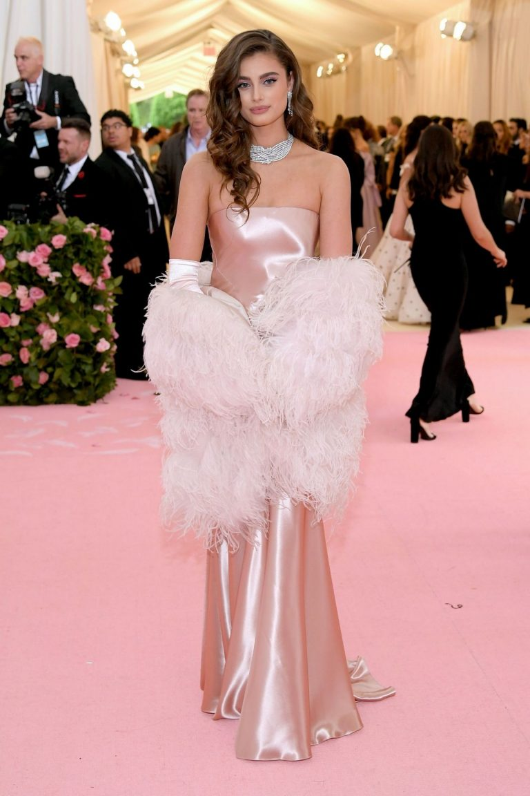 Taylor Hill at The 2019 Met Gala Celebrating Camp: Notes on Fashion in New York 2019/05/06 1