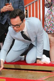 """The Big Bang Theory Cast """"Handprint Ceremony""""  at Chinese Theatre in Los Angeles 2019/05/01 3"""