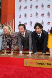 """The Big Bang Theory Cast """"Handprint Ceremony""""  at Chinese Theatre in Los Angeles 2019/05/01 19"""