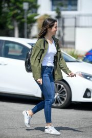 Ana de Armas in White T-Shirt and Blue Denim Out in Los Angeles 2019/06/27 1