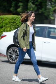 Ana de Armas in White T-Shirt and Blue Denim Out in Los Angeles 2019/06/27 5