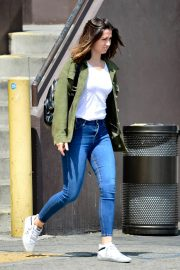 Ana de Armas in White T-Shirt and Blue Denim Out in Los Angeles 2019/06/27 10