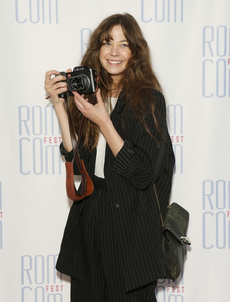 "Analeigh Tipton arrives 2019 Rom Com Fest Los Angeles ""Summer Night"" Screening in Los Angeles 2019/06/21 4"