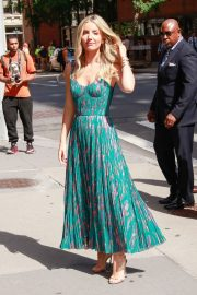 Annabelle Wallis in Beautiful Dress Out in New York City 2019/06/24 4