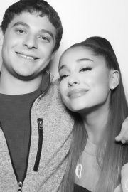 Ariana Grande attends Sweetener World Tour Meet & Greet in New York 2019/06/19 10