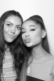 Ariana Grande attends Sweetener World Tour Meet & Greet in New York 2019/06/19 11