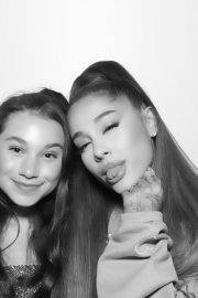 Ariana Grande attends Sweetener World Tour Meet & Greet in New York 2019/06/19 15