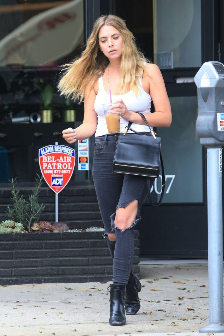 Ashley Benson Out of Hair Salon in Beverly Hills 2019/06/13 3