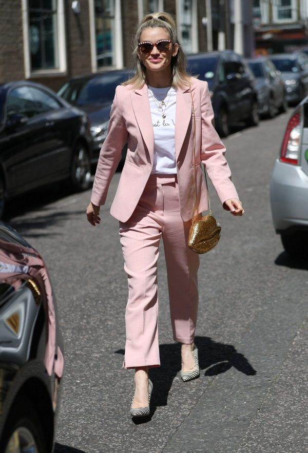 Ashley Roberts Leaves BBC's Saturday Kitchen TV Show in London 2019/06/22 1
