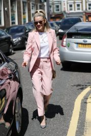 Ashley Roberts Leaves BBC's Saturday Kitchen TV Show in London 2019/06/22 7