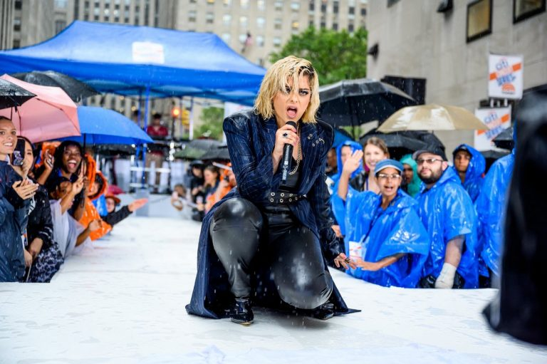 Bebe Rexha performs on NBC's Today Show in New York 2019/06/21 3