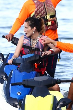 Bella Thorne and Her Sister Enjoys the waters on Jetski in Miami 2019/06/21 5