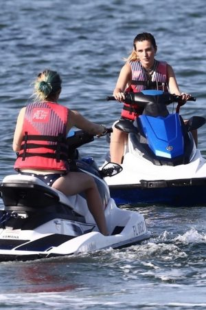 Bella Thorne and Her Sister Enjoys the waters on Jetski in Miami 2019/06/21 22