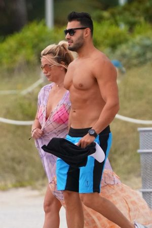 Britney Spears and Sam Asghari at Jet Ski Ride on the beach in Miami 2019/06/09 25