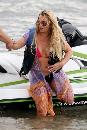 Britney Spears and Sam Asghari at Jet Ski Ride on the beach in Miami 2019/06/09 34