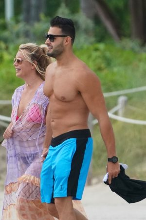 Britney Spears and Sam Asghari at Jet Ski Ride on the beach in Miami 2019/06/09 40