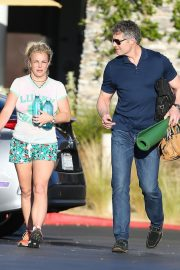 Britney Spears in Shorts After leaves a Yoga Class in Los Angeles 2019/06/27 9