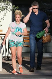 Britney Spears in Shorts After leaves a Yoga Class in Los Angeles 2019/06/27 13