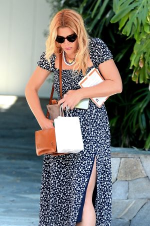 Busy Philipps Out shopping in Los Angeles 2019/06/19 2