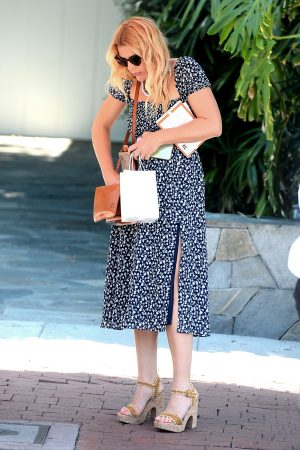 Busy Philipps Out shopping in Los Angeles 2019/06/19 3