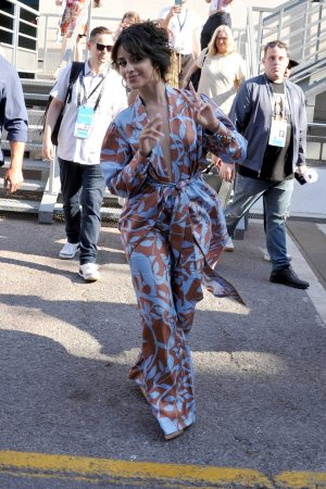 Camila Cabello Out in Cannes, France 2019/06/18 5