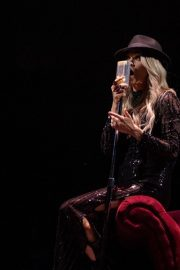 Carrie Underwood perform at Fiserv Forum in Milwaukee 2019/06/20 5