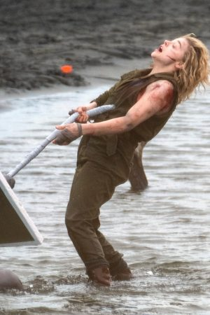 "Chloe Grace Moretz Shooting for ""Shadow in the Cloud"" in New Zealand 2019/06/10 7"