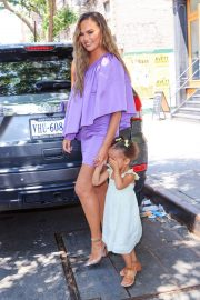 Chrissy Teigen Out with Her Daughter in New York City 2019/06/23 5