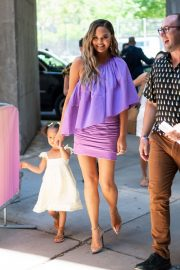 Chrissy Teigen Out with Her Daughter in New York City 2019/06/23 6