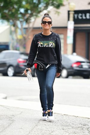 Christina Milian in Sweatshirt and Blue Denim Out in Los Angeles 2019/06/20 6