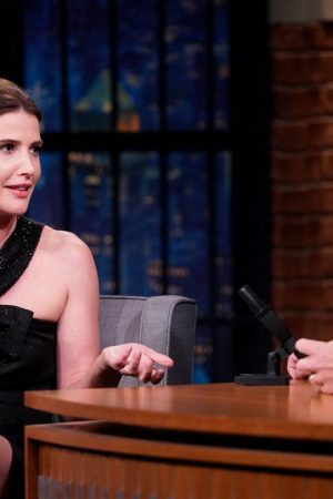 Cobie Smulders attends On Late Night With Seth Meyers 2019/06/17 4