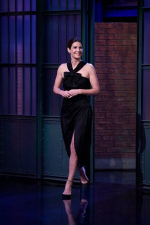 Cobie Smulders attends On Late Night With Seth Meyers 2019/06/17 5