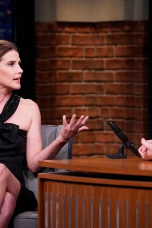 Cobie Smulders attends On Late Night With Seth Meyers 2019/06/17 6