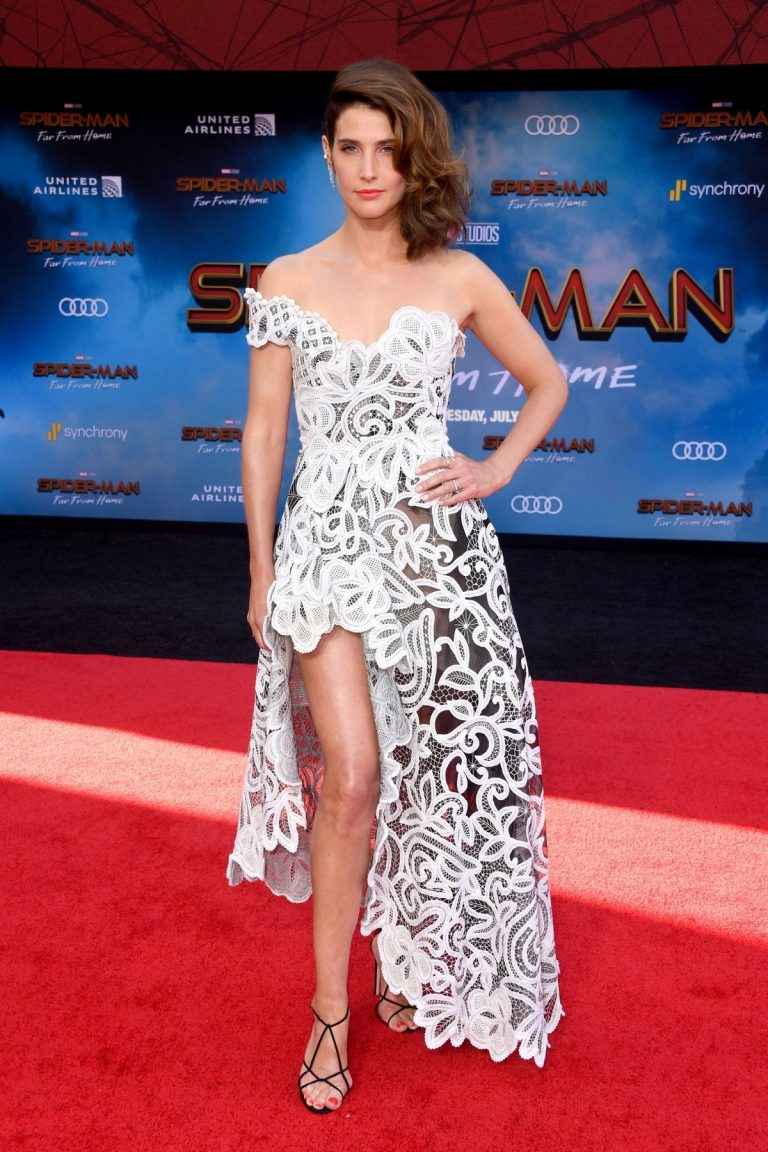 """Cobie Smulders attends Sony Pictures """"Spider-Man Far From Home"""" Premiere at TCL Chinese Theatre in Hollywood 2019/06/26 8"""
