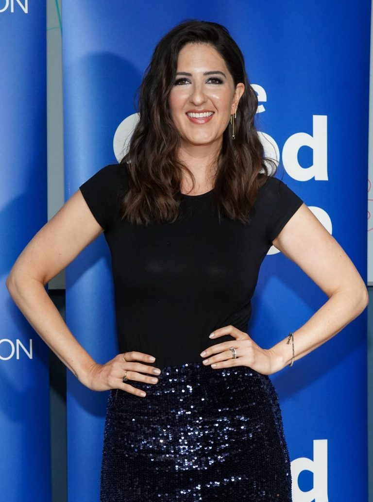 """D'Arcy Carden attends Universal Television's """"The Good Place"""" in Los Angeles 2019/06/17 6"""