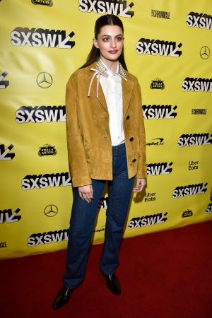 "Diana Silvers attends ""Booksmart"" Premiere at the Paramount Theatre in Austin 2019/03/10 4"
