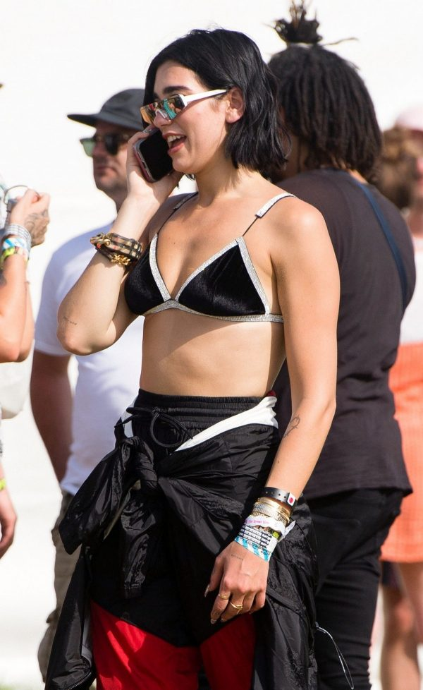 Dua Lipa at 2019 Glastonbury Festival Day 3 in Pilton, Somerset 2019/06/28 1