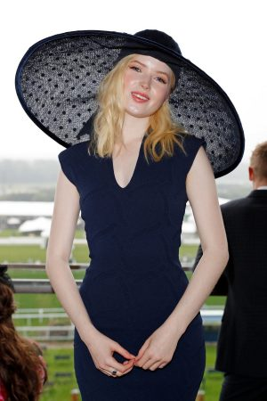 Ellie Bamber attends In the Moet & Chandon box of Royal Ascot at Ascot Racecourse 2019/06/19 3