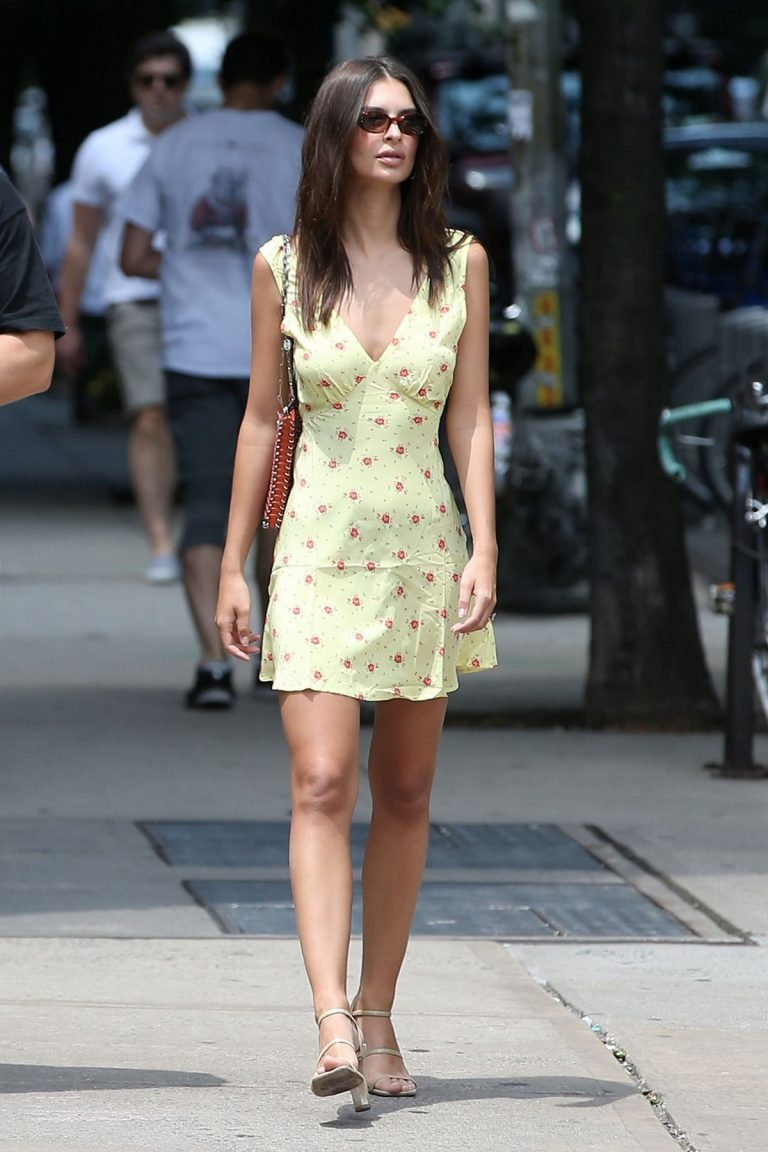 Emily Ratajkowski in a Yellow Short Dress in New York City 2019/06/22 7